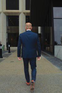 Curtis Stange walking away