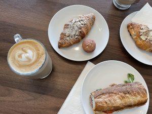 Cafe la Reine 3
