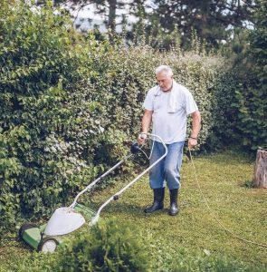 Detours_gardening1.jpg