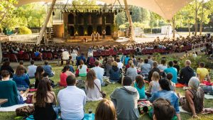 Edmonton-Freewill-Shakespeare-audience-watching