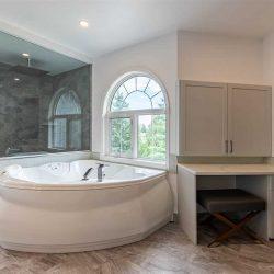 Estate-bath-2.jpg