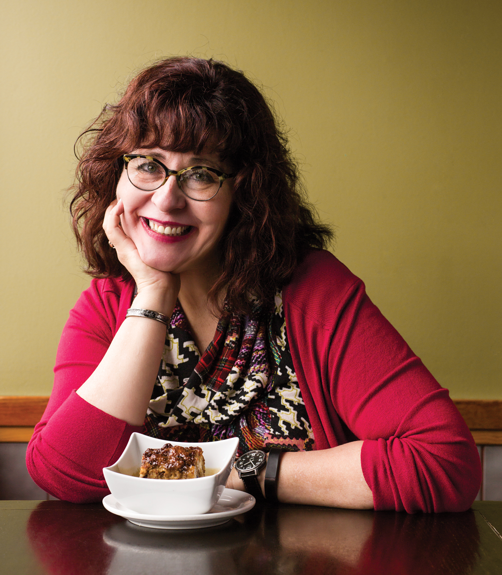 Janice MacDonald with bread pudding, Highlevel Diner