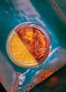 FOR-WEB_AVE_drinks_01_spritzer-1.jpg