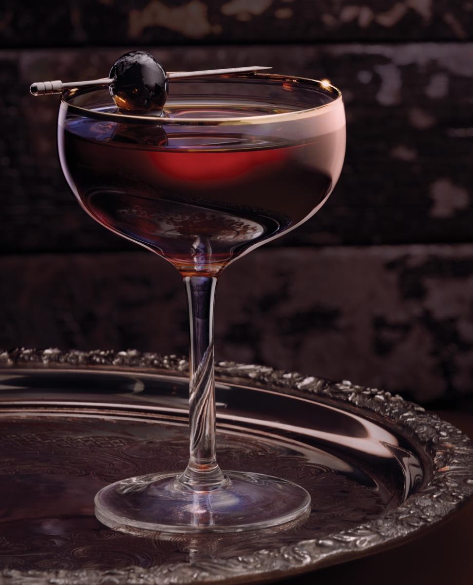 FOR-WEB_AVE_drinks_02_manhattan_CMYK