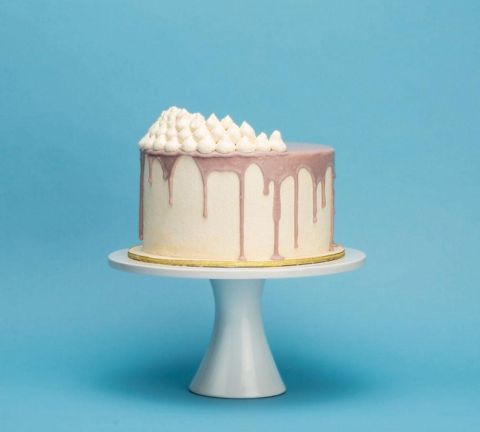 4 #YEG Wedding Cakes for Varying Tastes