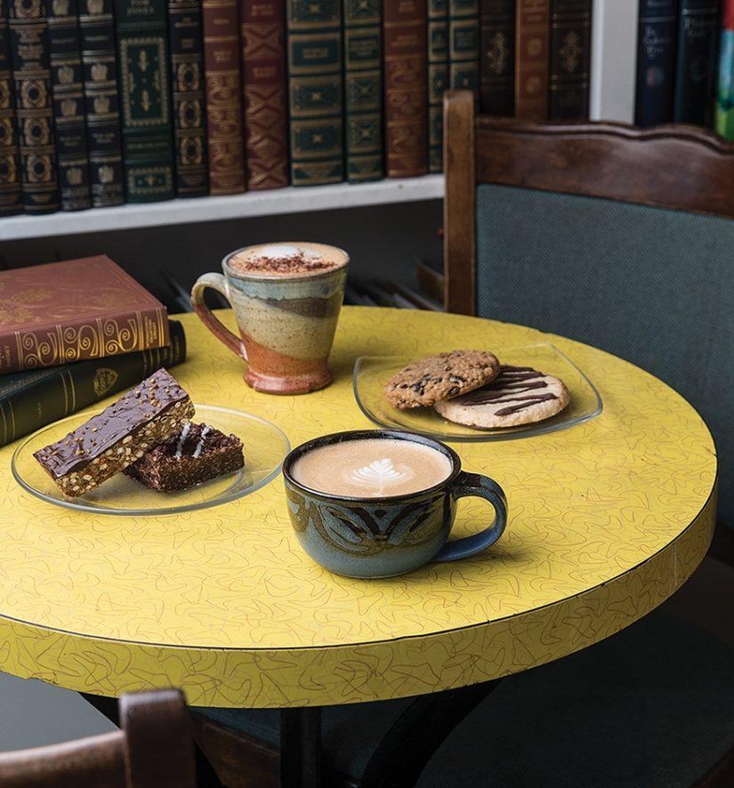 Cozy Cafe: Mandolin Book & Coffee Co.