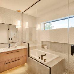 House2_Bathroom_OpenTubShower_GlassEnclosure_LightWoodCabinets