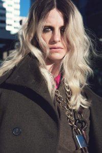 Model in KUHO overcoat