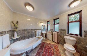 Mag-bath.jpg