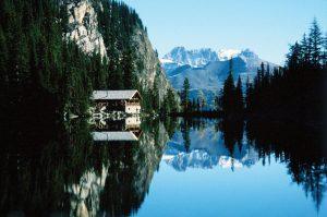 MountainDining-LakeAgnesTeahouse