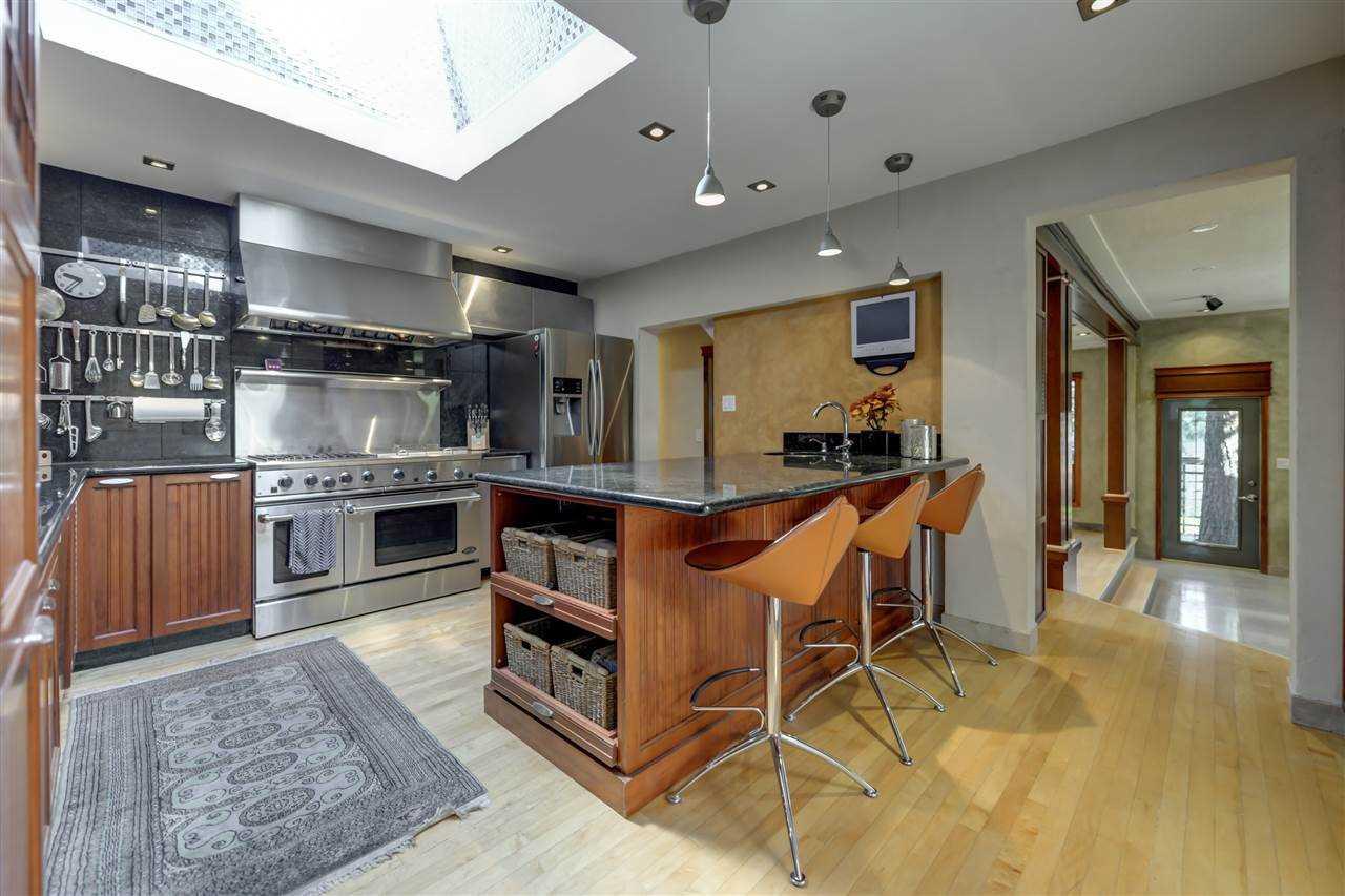 Park-kitchen-1.jpg