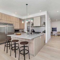 Pleasant-kitchen-1.jpg