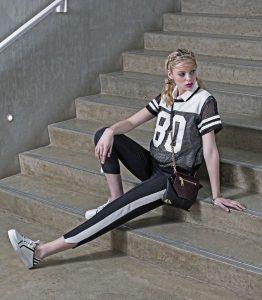 PullingAhead_Fashion_SportCasual_03