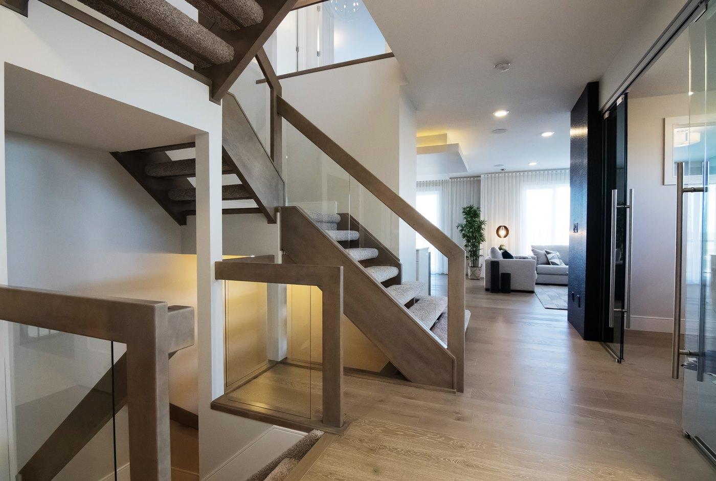 Tusc-stairs-2.jpg