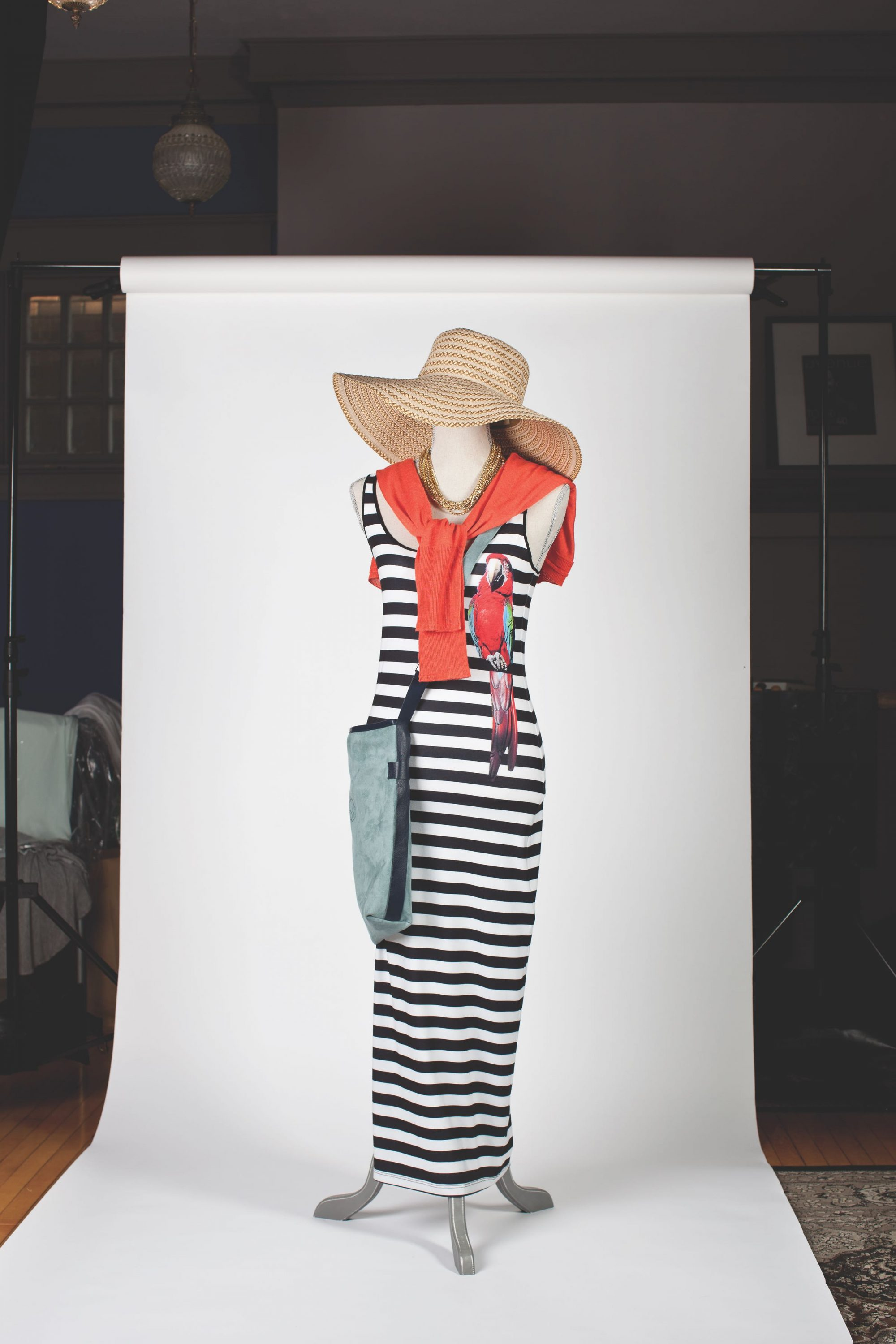outfit_dress_sunhat