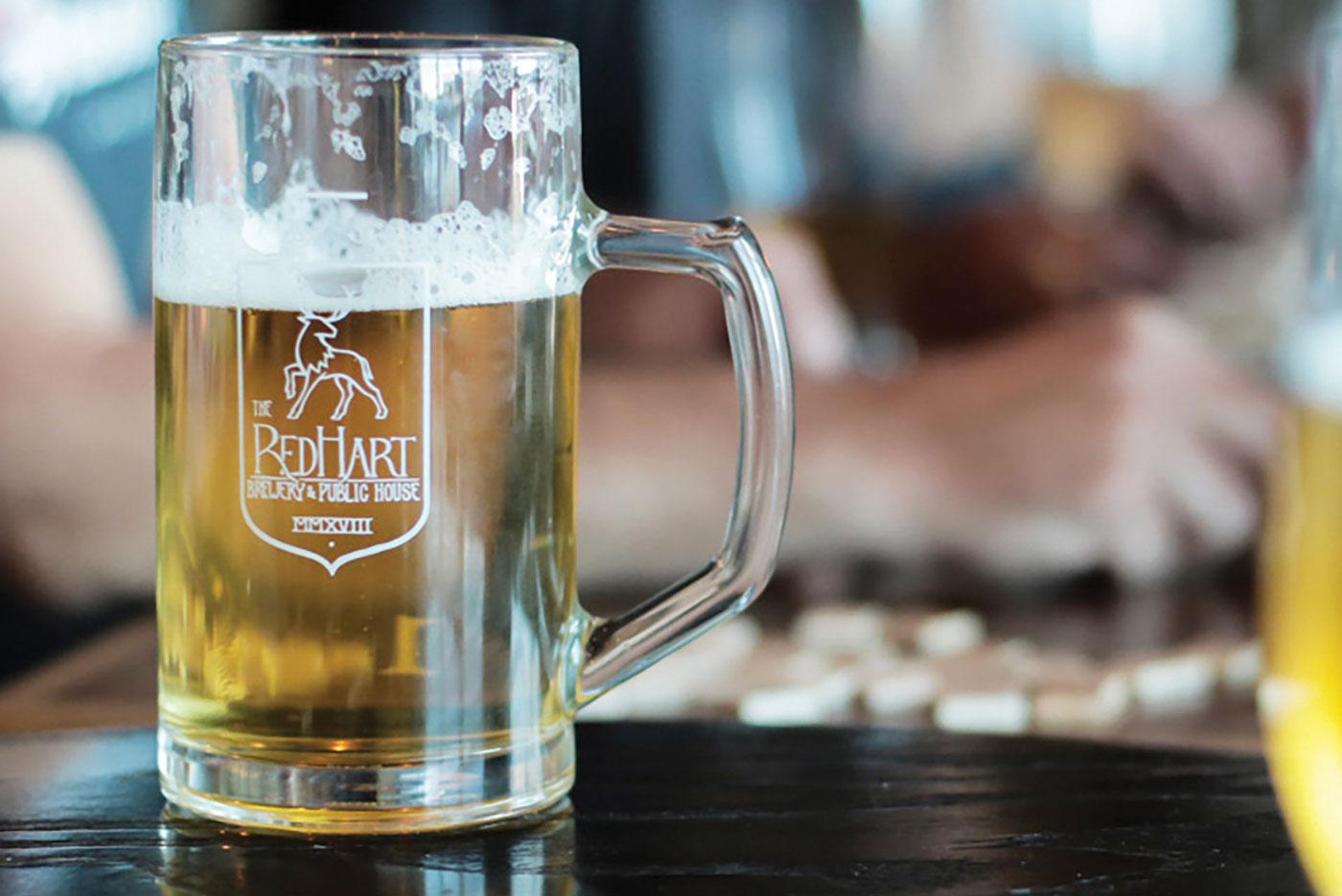 x-AE-FoodnDrink-Beer-Feature
